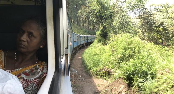 Viajar pelo Sri Lanka de trem