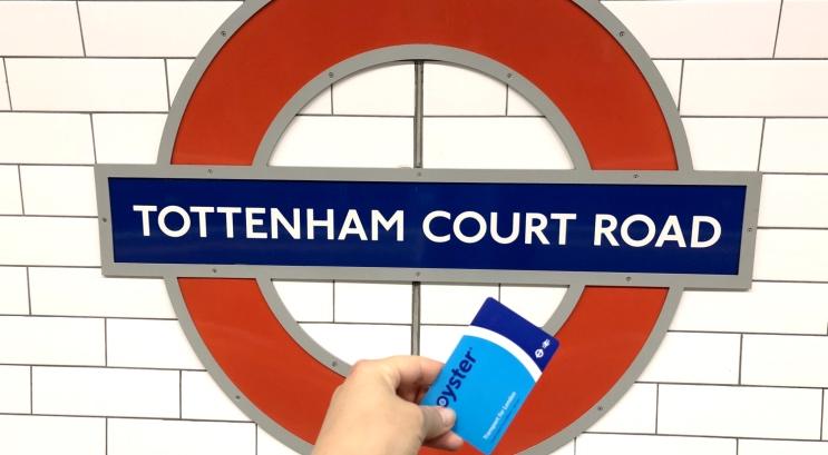 Locomover em Londres com Oyster Card